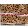 Brennholz auf Palette kaufen Sie bei Brennholzcentrum. WIr liefern in und um Lüneburg!